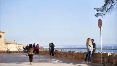 Baleares arranca la Semana Santa con un ligero repunte de contagios y caída de la presión hospitalaria