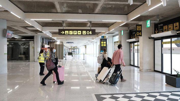 Prosigue el goteo de turistas alemanes: 27 llegadas previstas este martes en Son Sant Joan