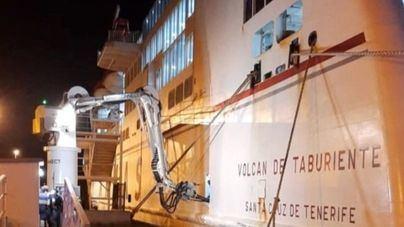 El ferry Volcán de Taburiente, primer buque en conectarse al suministro 'cold ironing' del puerto de Santa Cruz de la Palma