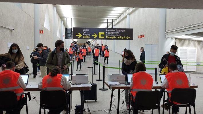 El 99,8 por ciento de test de antígenos en puertos y aeropuertos de Baleares da negativo