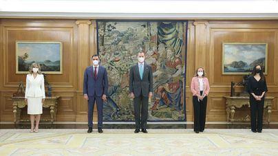 Las nuevas ministras Calviño, Díaz y Belarra prometen su cargo ante el Rey