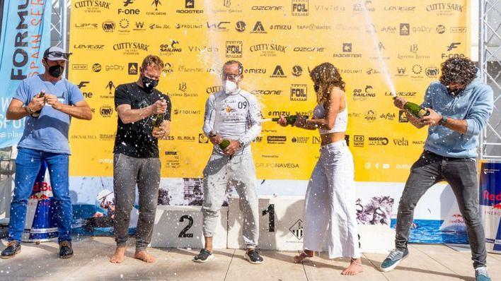 Denis Taradin gana la 'Cutty Sark FKSS 2021 Mallorca' disputada en aguas del CNA
