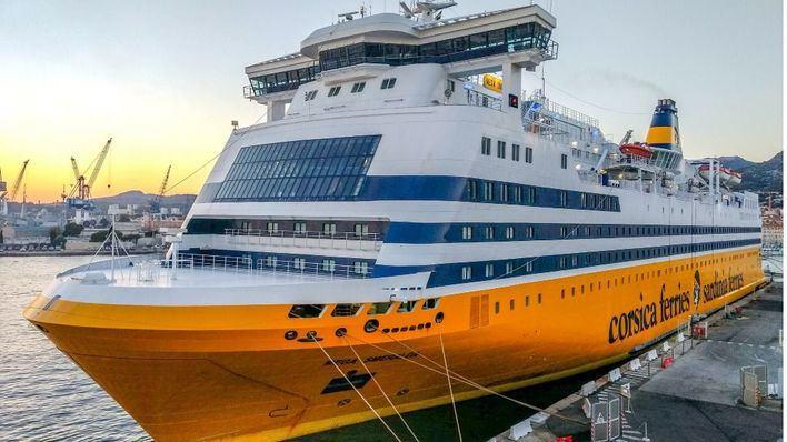 Llega el primer ferry Toulon-Alcúdia de la temporada con 545 pasajeros