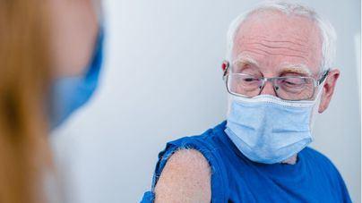 Baleares prevé culminar esta semana la vacunación de los mayores de 80 años
