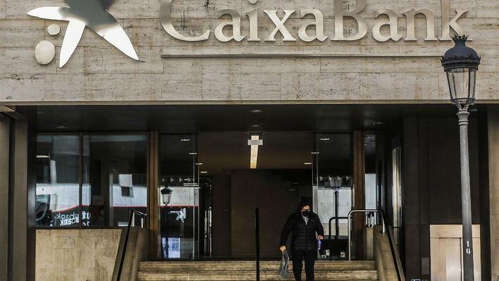 CaixaBank cita a los sindicatos el 13 de abril para abordar el proceso de despido colectivo