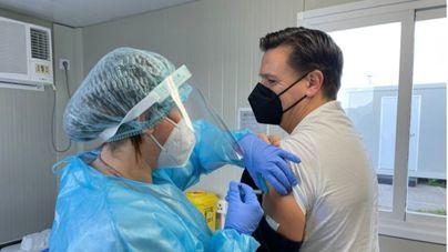 La vacunación en Baleares sigue a paso de tortuga: apenas 5.000 personas inmunizadas en Semana Santa