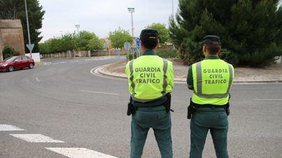 La DGT aclara que no se puede multar por no usar la mascarilla en los vehículos