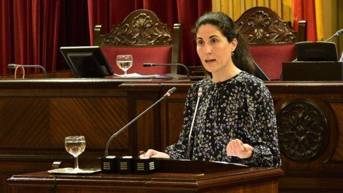 El Parlament aprueba una propuesta de Unidas Podemos para proteger las pensiones