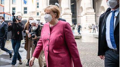 Merkel baraja un confinamiento nacional de corta duración