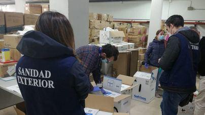 Comunidades con menos población, como Asturias y Extremadura, reciben más vacunas que Baleares