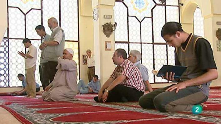 Más de 2 millones de musulmanes en España están llamados desde hoy al ayuno del Ramadán