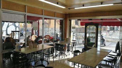 Los ciudadanos apuestan por abrir los interiores de bares y restaurantes