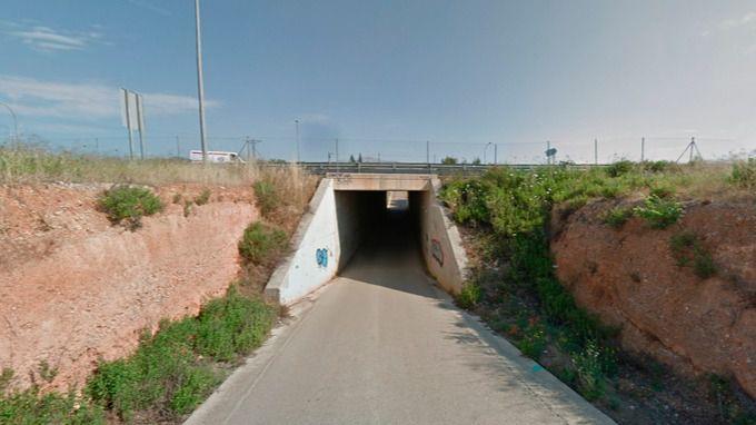 Un conductor de 79 años, grave tras despeñarse con su coche por un puente en Inca