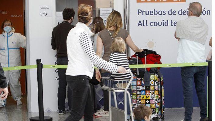 'El certificado Covid anunciado por Bruselas llega un mes tarde para Baleares'
