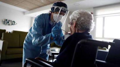 Un 83 por ciento de ancianos y profesionales de residencias de Baleares están vacunados