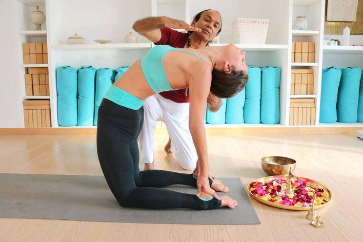 Los 5 mejores retiros de yoga en Mallorca