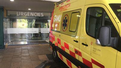 Herido grave un motorista al chocar contra un vehículo en Palma