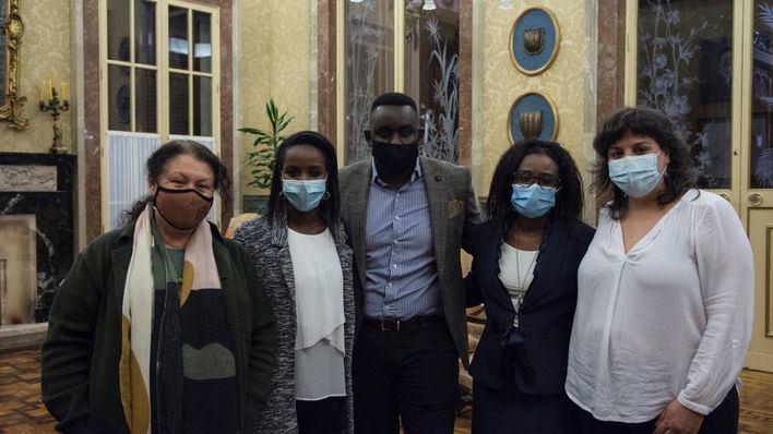 El Parlament solicita la liberación del activista ruandés Paul Rusesabagina