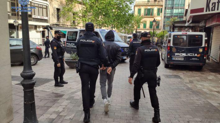 La Policía desactiva un grupo muy activo en robos de casas de campo y plantas bajas en Mallorca