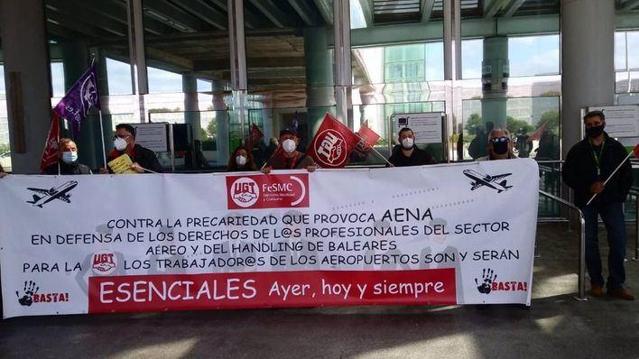 Primera jornada de protesta en Son Sant Joan contra la política de 'handling' de Aena