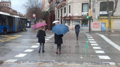 Posibles precipitaciones débiles con barro este domingo en Baleares