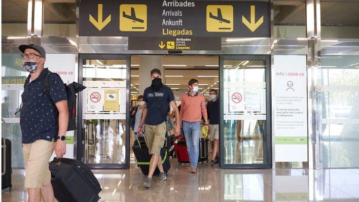 Un total de 281 vuelos están programados este domingo en aeropuertos de Baleares