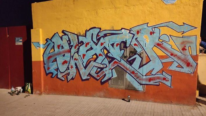 Pillado in fraganti cuando realizaba una pintada vandálica en Palma