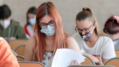 Sanidad recomienda hacer la EBAU con una distancia de 1,5 metros y ventilar 15 minutos antes las clases