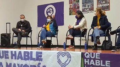 La diputada de Podemos por Baleares anima en Madrid a votar para 'impedir que los abuelos mueran solos en una habitación'