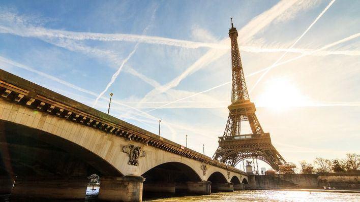 Francia apuesta por reabrir los viajes con destinos turísticos el 9 de junio