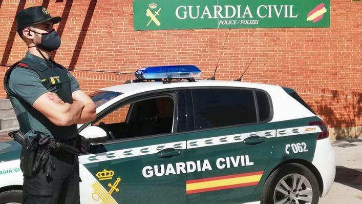 Se hiere de gravedad en una mano tras robar en un restaurante en Calvià