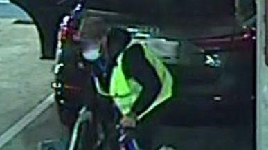 Detenido por robar en el aeropuerto de Palma tras hacerse pasar por empleado del aparcamiento