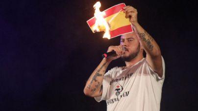Hásel no declara por quemar una bandera de España en Felanitx
