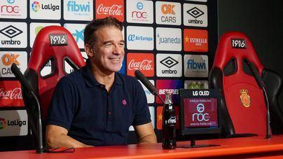 Luis García cumplirá ante el Málaga su segundo partido de sanción