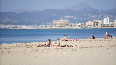 El gasto turístico cae un 40 por ciento interanual en Baleares en marzo