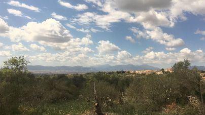 Cielo despejado con algunas brumas y aumento de las temperaturas en Baleares