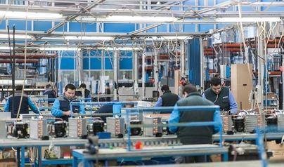 Baleares encabeza el descenso de la producción industrial en febrero