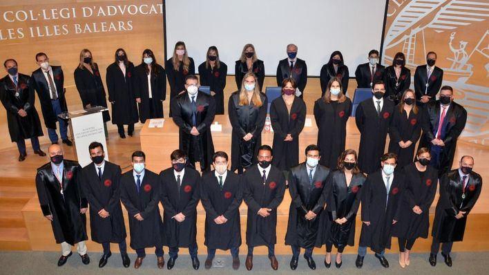 El Colegio de Abogados de Baleares da la bienvenida a 21 nuevos letrados