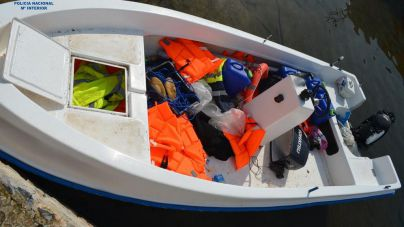 Localizan a 14 migrantes que han llegado a Santanyí a bordo de una patera