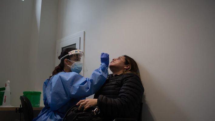 La tasa de incidencia de los contagios se sitúa por debajo de los 200 casos en España