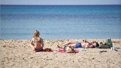 La Ministra Maroto avanza que los británicos podrán venir a España a partir del 20 de mayo