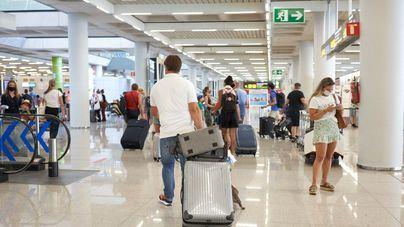 Turespaña lanza una herramienta para conocer los requisitos para viajar a España y entre CC.AA.