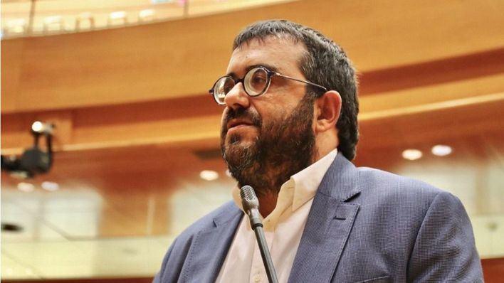Vidal pide a Ábalos que no cuestione el descuento de residente y respete la insularidad