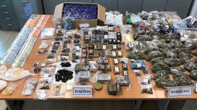 La Policía desmantela un punto de venta de droga en un club cannábico de Ibiza