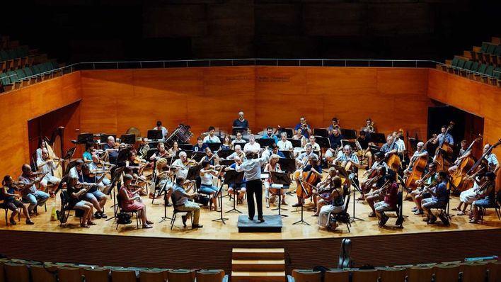 La Simfònica finaliza este jueves la temporada en el Trui Teatre con la pianista Marie-Ange Nguci