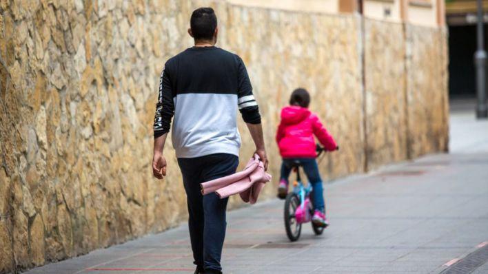 El Consell busca a 10 familias que hagan de acogida a menas