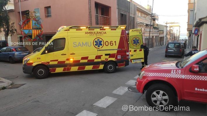 Una persona con obesidad queda atrapada tras caerse en su casa en Palma