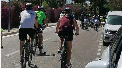 Bicicletada multitudinaria para defender 'el pulmón verde' de Son Bonet