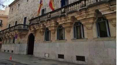 Ocho acusados se sientan en el banquillo en Palma por una macrotrama de blanqueo de capitales