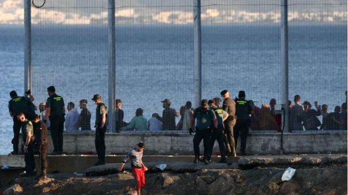 Crisis migratoria en Ceuta: Marlaska niega que se trate de una represalia marroquí